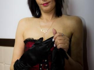 LadyIsabell - Sexy live show with sex cam on XloveCam