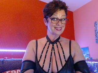 Bettina - Live chat sex with this MILF with large ta tas