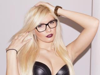DreamGrl - Sexy live show with sex cam on XloveCam