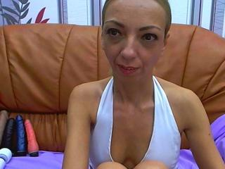 BlondeHotMILF - Sexy live show with sex cam on XloveCam