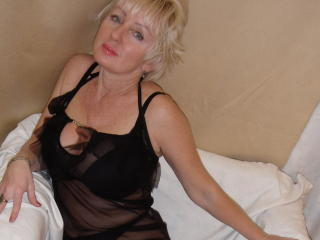 HotMatureBlondi - Webcam live sex with a fit constitution MILF