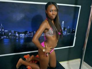 LeahXSexy - Sexy live show with sex cam on XloveCam®