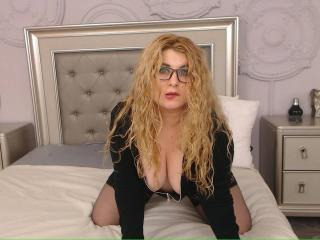 OneHotSexySandra - Live porn & sex cam - 4436015