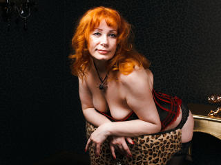 AnalTeacher - Chat porn with this Sexy lady with big bosoms