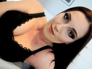 AmandaChilli - Sexy live show with sex cam on XloveCam®