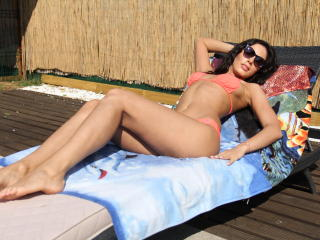 GSarah - Live hot with this White Young lady