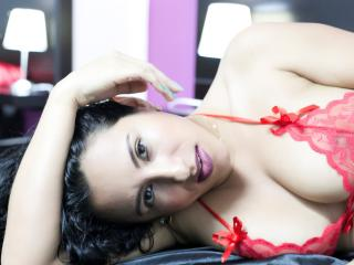 JadeBeer - Sexy live show with sex cam on XloveCam®