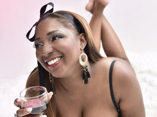 AdaaSweet - Show sexy et webcam hard sex en direct sur XloveCam®