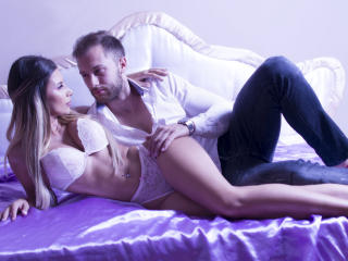 Sexy nude photo of AvaNMason