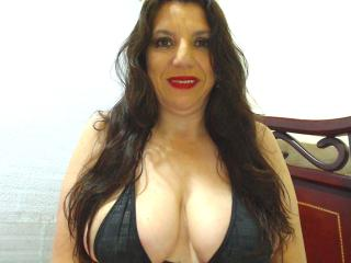 EdnamMature - online chat x with this trimmed pussy Mature