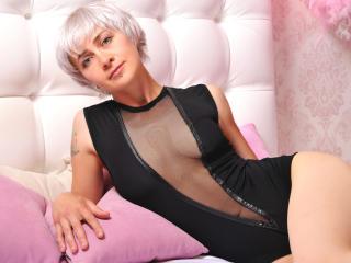 Sexy nude photo of SunnyKern