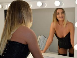 ArianaAnne - chat online xXx with this being from Europe Young and sexy lady