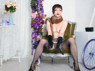 LuxuryChickX - Sexy live show with sex cam on XloveCam®