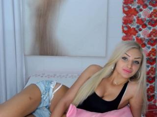 RebbeccaForYou - Chat live sexy with this gold hair Hot chicks