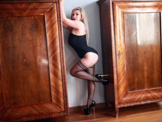 BridgetFontaine - online chat hot with this well rounded Young and sexy lady