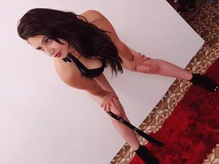 YvonneMarrie - Sexy live show with sex cam on XloveCam®