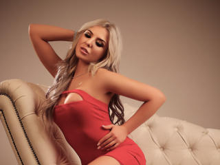 PerfectSkye - Sexy live show with sex cam on XloveCam®