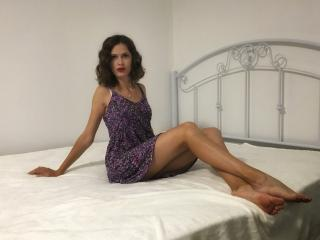 MollieMoor - Sexy live show with sex cam on XloveCam®