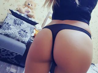 JeSsikaHot - Sexy live show with sex cam on XloveCam®