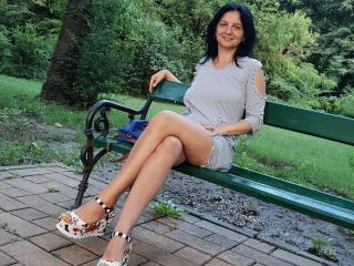 MadameAlexaX - Show live sex with this White Sexy mother