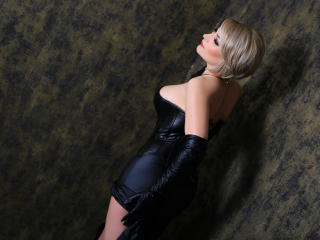 CrystalFetish - Sexy show en live webcam-sex op XloveCam®