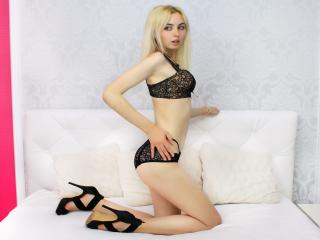 MissalenaN - Webcam live sex with a blond College hotties