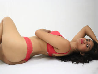 TifannyWest - Sexy live show with sex cam on XloveCam®