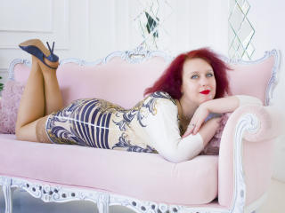 NikoletaRed - Web cam x with this redhead Lady over 35