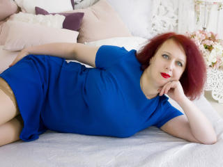 NikoletaRed - online show exciting with this being from Europe MILF