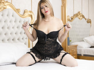 GabrielaXtreme - Sexy live show with sex cam on XloveCam®