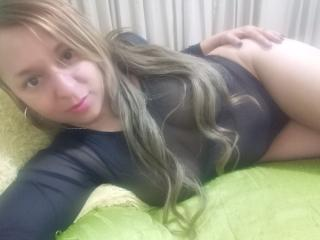 Angelonix - Video chat hard with this platinum hair Horny lady