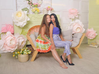 NikaXRysa - Webcam hot with this so-so figure Lesbo