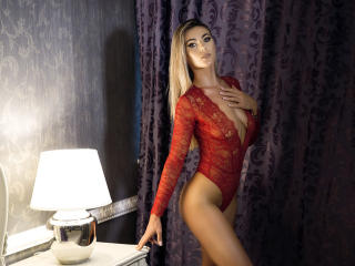 TashaPassion - Cam sex with a European Hot babe