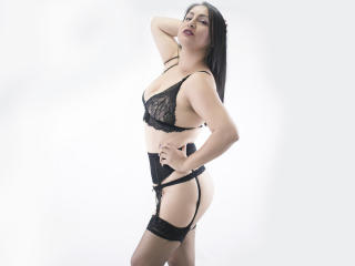 MadamFox - Show x with this shaved sexual organ Sexy mother