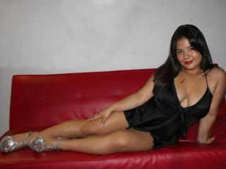 KeyraBerry - Live cam hot with a shaved sexual organ Young lady