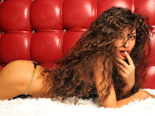 LiyaShine - Sexy live show with sex cam on XloveCam®