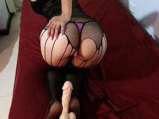 LookingforPleasure babes/steamy girl live on webcam