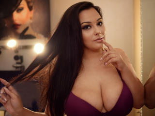 StarrDaysy - Chat live sex with this large ta tas Young lady