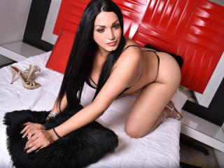 AndreinaTS - Chat live porn with this shaved genital area Transsexual