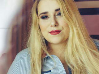 HaileyLush - Chat live hot with this being from Europe Hot chicks