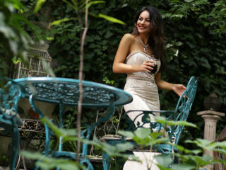 IreneCurtiz - online chat xXx with this European Young lady