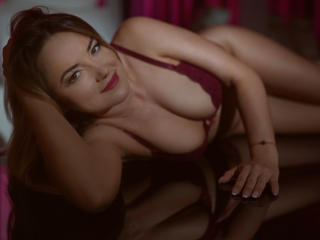 MyraSmith - Sexy live show with sex cam on XloveCam®