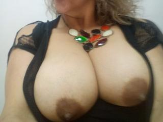 SilvanaTits - Webcam live sexy with this corpulent body Lady over 35