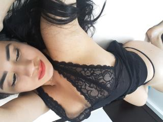 KimWallton - Sexy live show with sex cam on XloveCam®