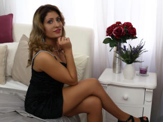 ClaireDaniells - chat online sexy with this shaved pussy Hot chicks