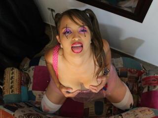 AndreitaMartinez sexy girl come on webcam