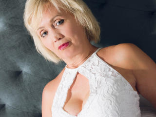 LinaToffy - Sexy live show with sex cam on sex.cam