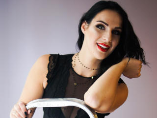 QueenCornelia - Webcam live xXx with a standard tits size Hot chicks