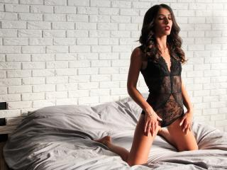MorganAzanki - Live cam exciting with a black hair Girl