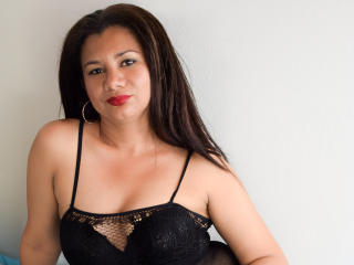 Arlem - Show live x with this latin MILF